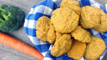 Veggies whole wheat biscuit
